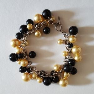 Black and Gold Beaded Bracelet with Toggle Clasp